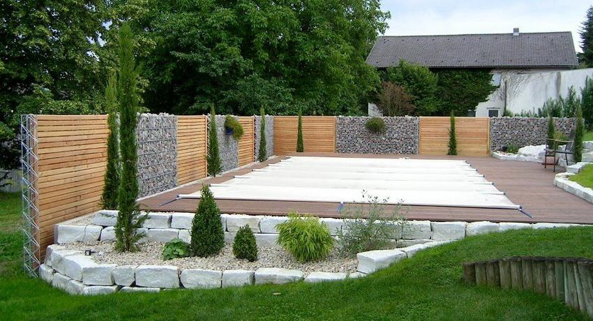Сам по себе габион имеет простую конструкцию состоящую из металлической сетки наполненной камнями