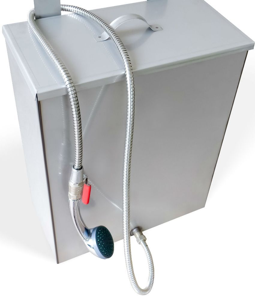 Объем оцинкованых баков варьируется от 40 до 200 литров