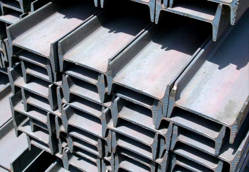 Балку двутавровую № 18 используют при закладке фундамента, создании опорных площадей, а также в качестве армирующих элементов