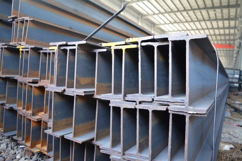 Двутавровые балки № 22 изготавливаются в двух вариациях – стандартной и повышенной точности