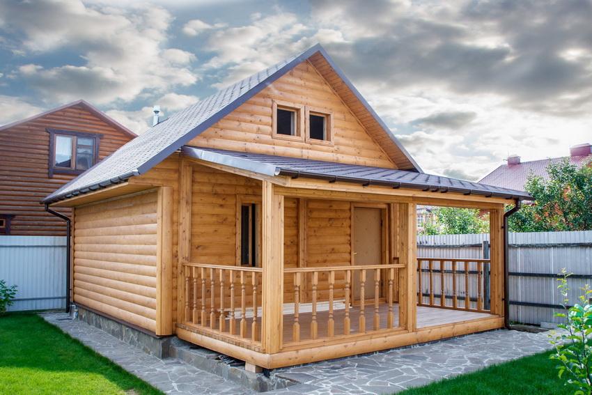 На небольших участках можно разместить малогабаритную постройку