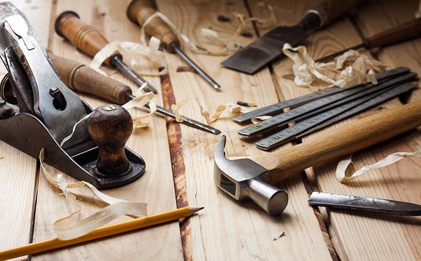 Прежде чем приступить к работе необходимо запастись всеми необходимыми инструментами