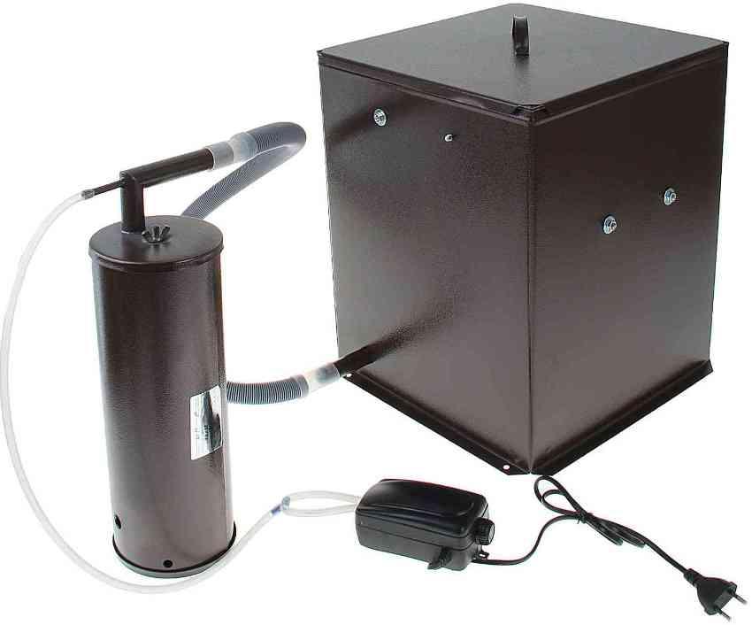 Лучшим материалом для производства дымогенератора холодного копчения считается сталь
