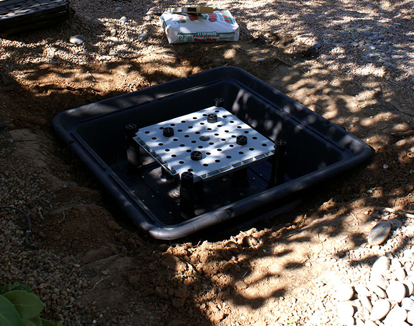 После того как котлован готов можно устанавливать чашу для фонтана