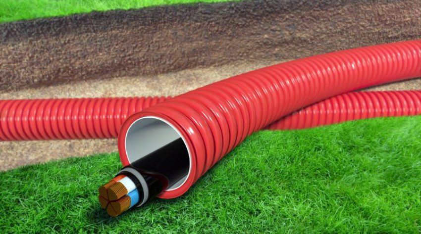 Для прокладывания подземным способом (в траншее) используется полиэтиленовая двустенная труба