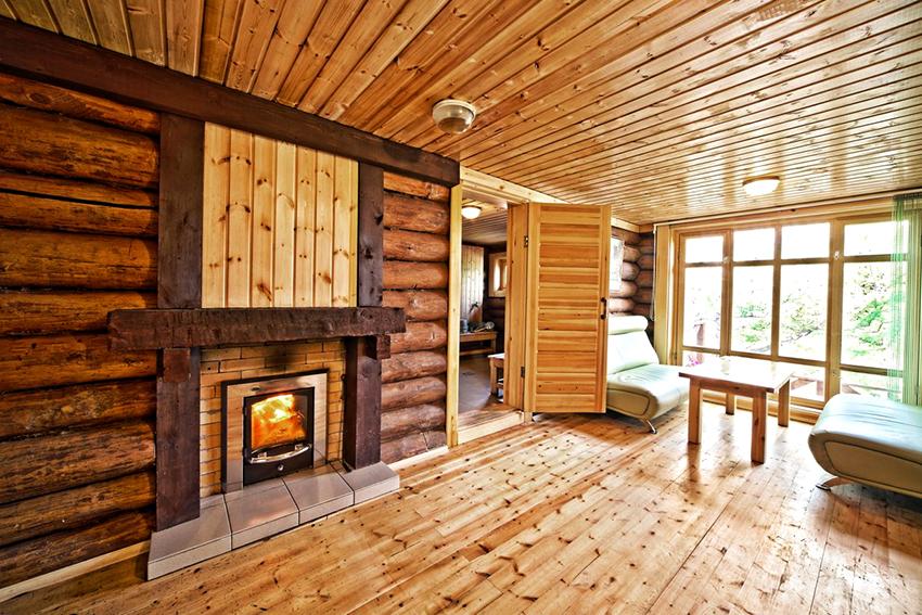 Главными атрибутами комнаты отдыха являются стол и мебель для сидения