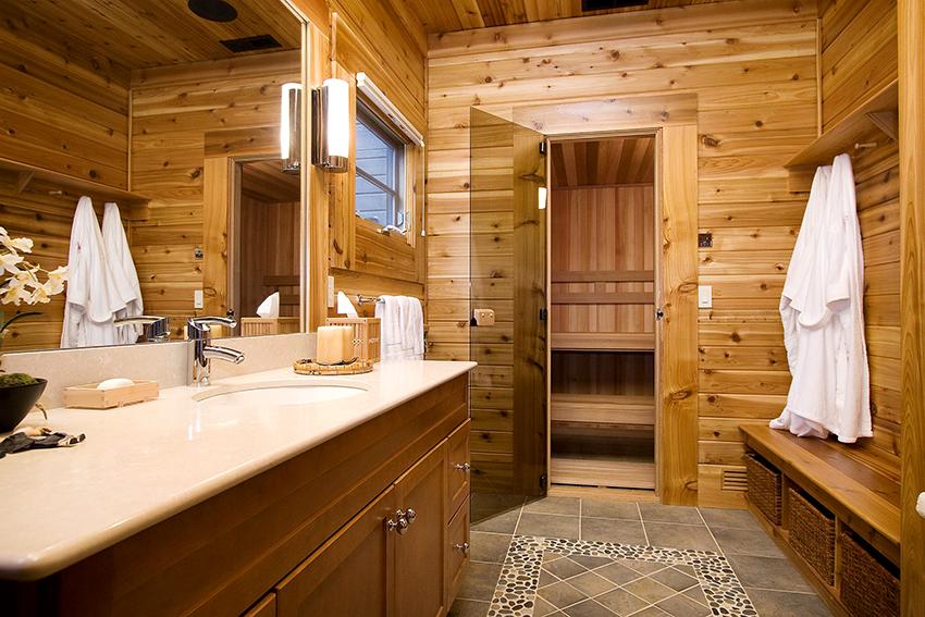 Для удобства и экономии пространства раздевалку можно объединить с ванной комнатой