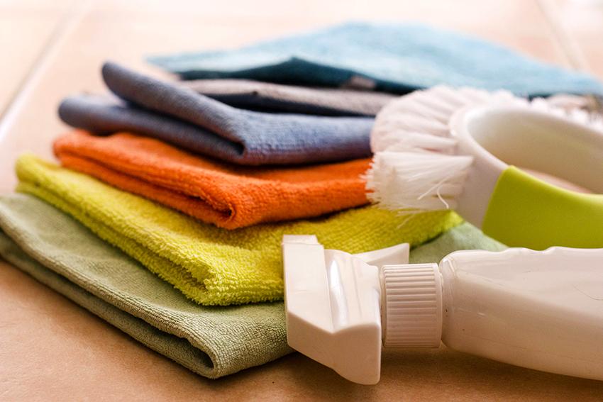 Чтобы мебель из ротанга не теряла свой внешний вид ее необходимо протирать влажной мягкой тканью