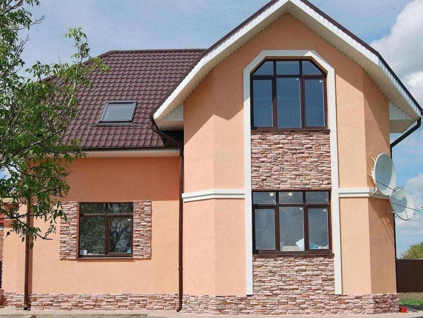 Обветшалые и разрушенные фасады можно восстановить при помощи мокрой технологии