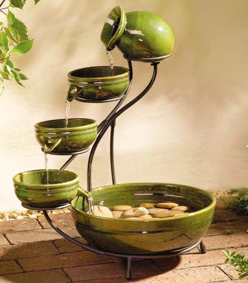 Чаша для комнатного фонтана без насоса может быть выполнена своими руками из любой емкости