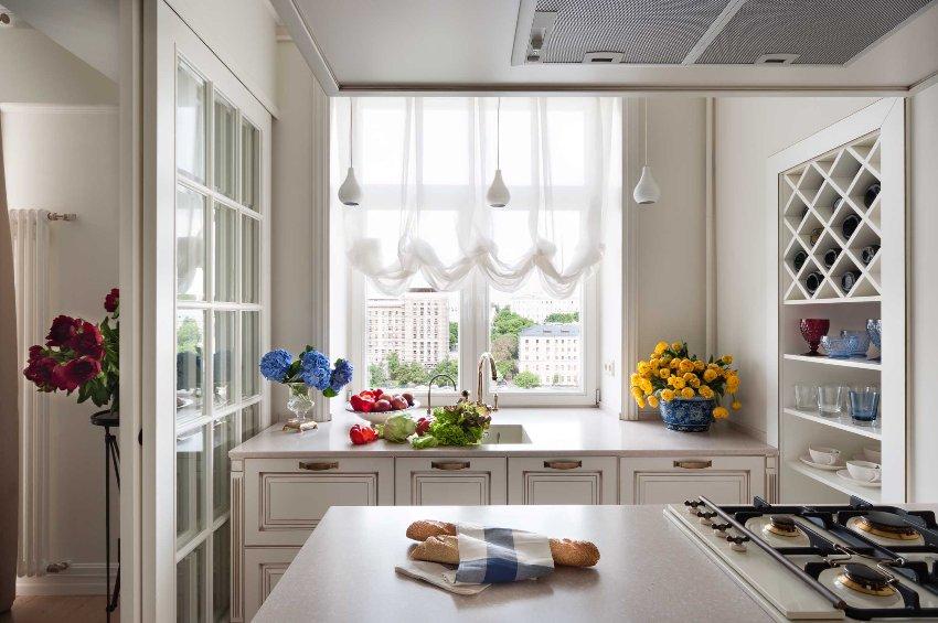 Перегородки из стекла позволяют внести коррективы в планировку квартиры, не нарушая законодательства
