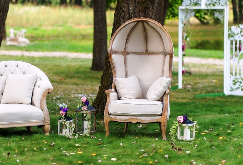 Ткань на мягких участках садовой мебели должна быть плотной и простой в уходе