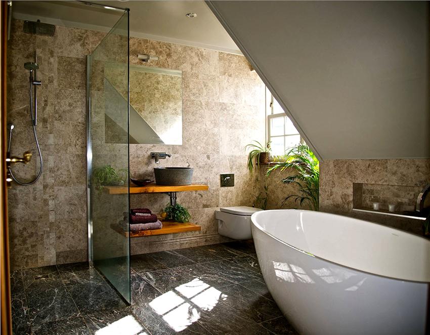 Главная функция двери для душа – это препятствие разбрызгивания воды в ванной комнате