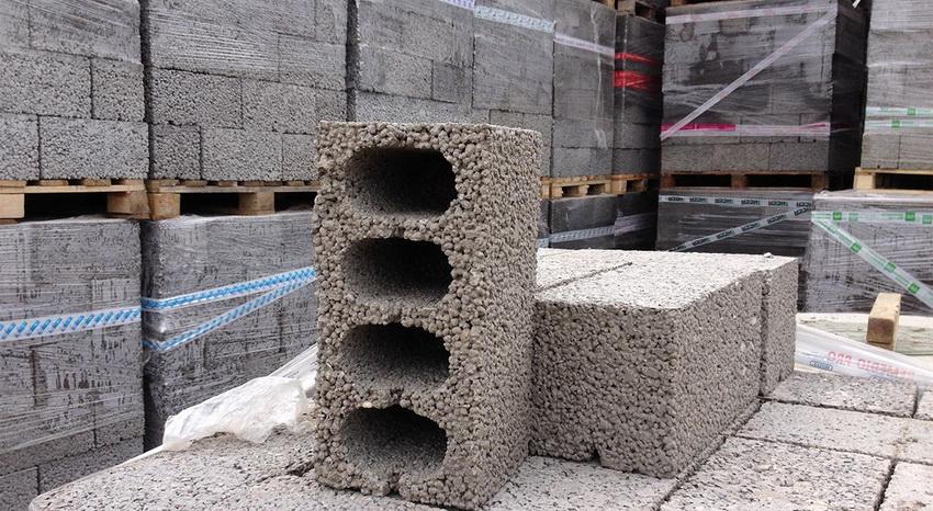 Керамзитоблоки - универсальный материал который используется для строительства утепленных домов