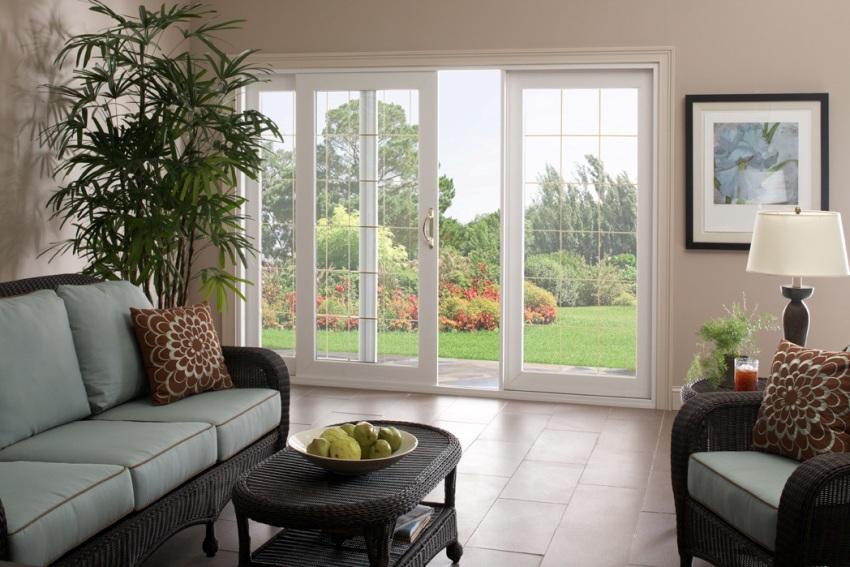 Габариты и площадь стекла напрямую зависят от конструкции и дизайна дверного полотна