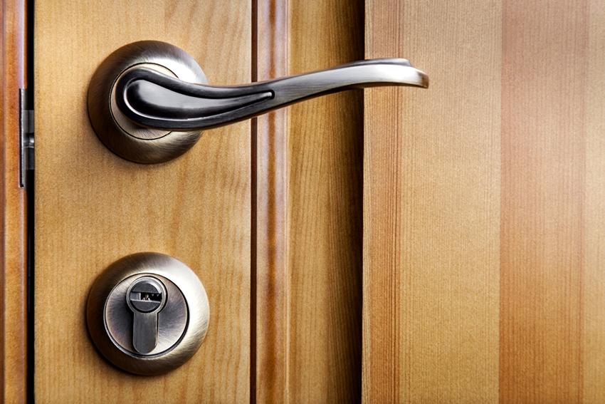 Врезные дверные замки делятся на четыре класса безопасности