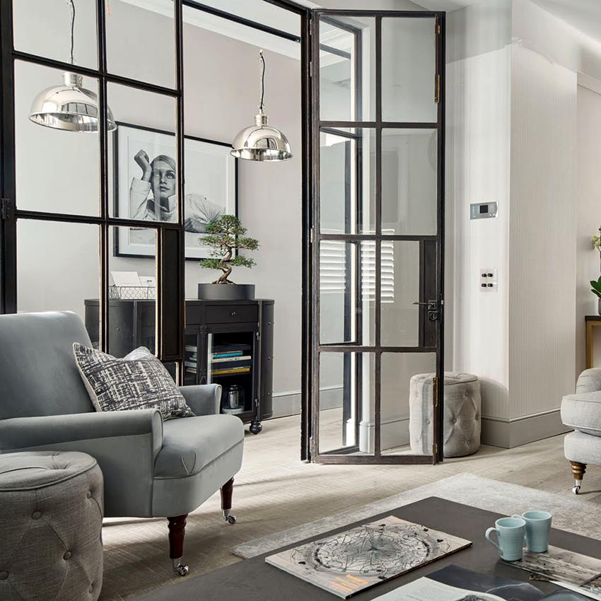 Холодные алюминиевые двери ставятся преимущественно в помещении