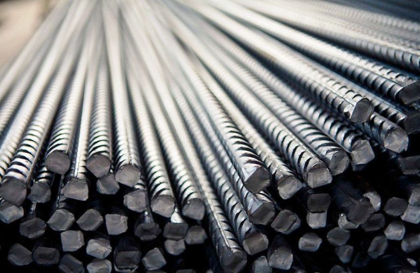 Арматуру 10 мм относят к легкообрабатываемым материалам, поскольку стержень легко сгибается или подвергается любой другой необходимой деформации