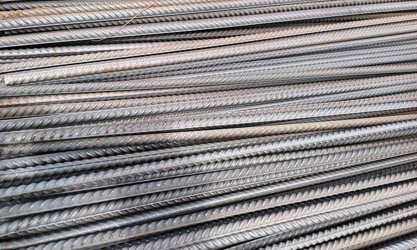 При самостоятельном расчете объёма арматуры нужно учитывать то, что стержень имеет цилиндрическую форму