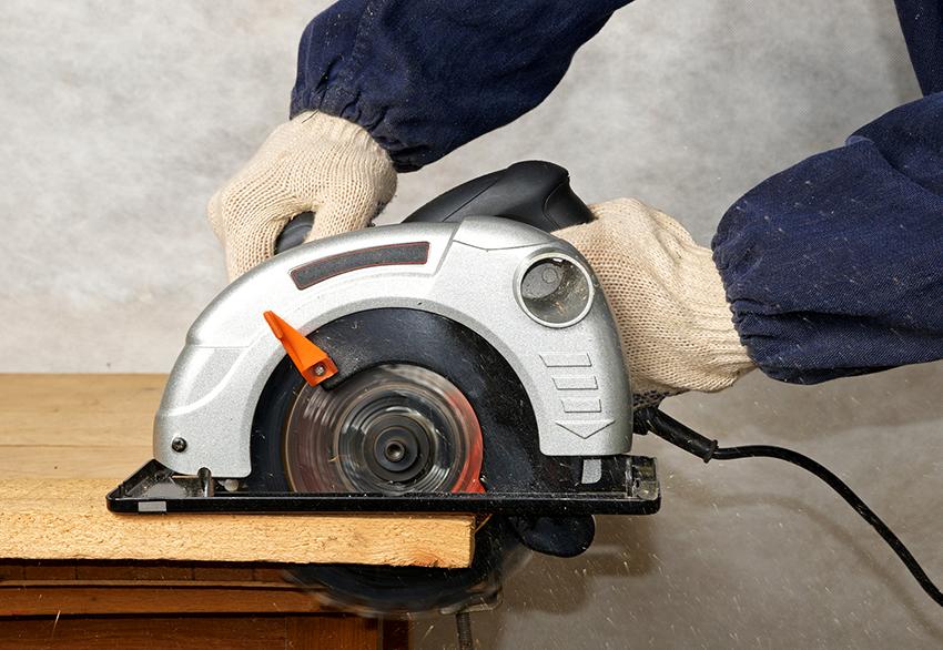 Цепные пильные диски считаются самыми подходящими для работы с древесиной