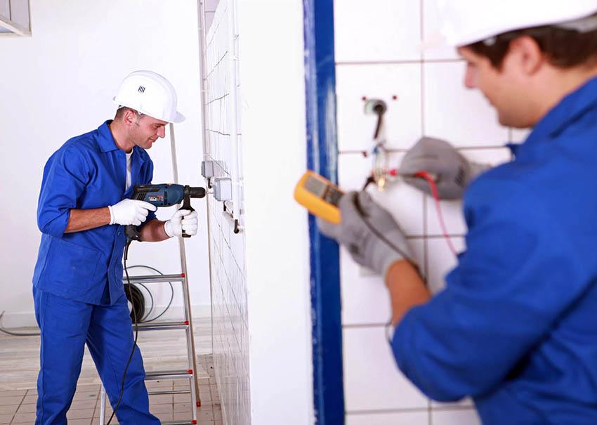 При подготовке помещения нужно ответственно подойти к проведению электропроводки