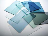 Душевую для небольшой ванной комнаты можно изготовить из закаленного стекла
