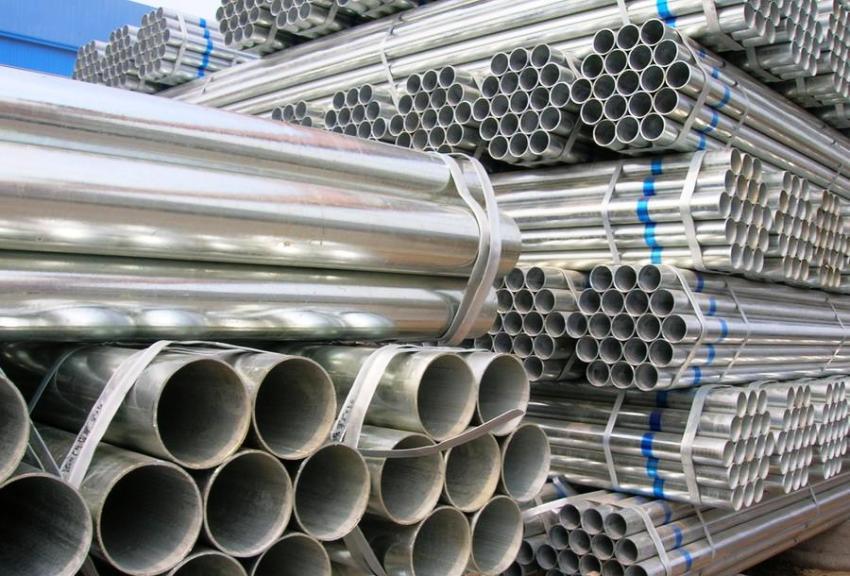 Водогазопроводная труба производится из заготовки, выполненной из углеродистой стали