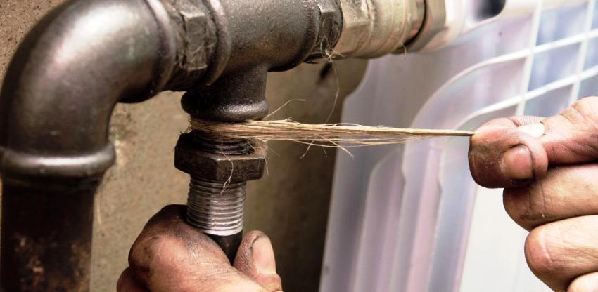 Стальные трубы используются при монтаже системы отопления, холодного и горячего водоснабжения, газопроводов