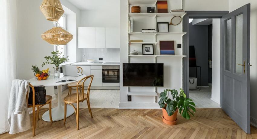 Стол круглой формы подходит как для малогабаритных кухонь, так и для помещений с большой площадью