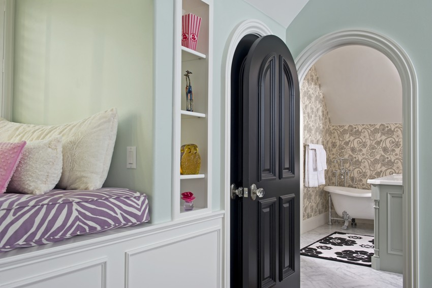 Важными критериями выбора варианта межкомнатной двери являются легкость в дальнейшей эксплуатации