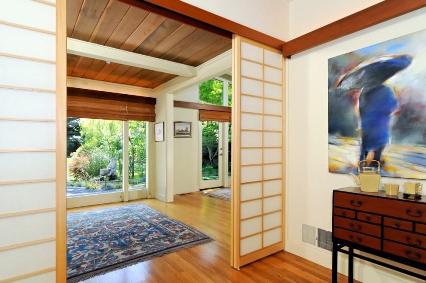 Благодаря большому разнообразию моделей межкомнатных дверей, удается подчеркнуть красоту любого интерьера