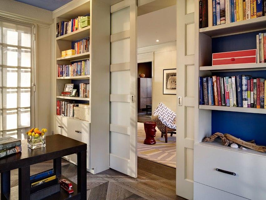 Филенка двери – это вставка в дверном полотне, более тонкая, чем сама рама