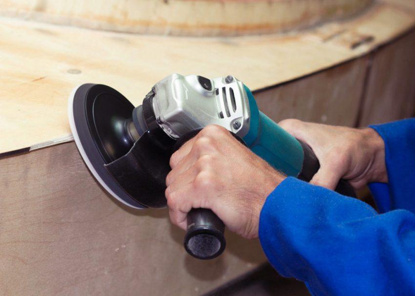 Крупнозернистые насадки используются для черновой обработки, а мелкозернистые – для чистовой отделки