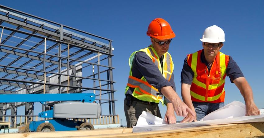 Полученив разрешение на строительство можно приступать к возведению здания