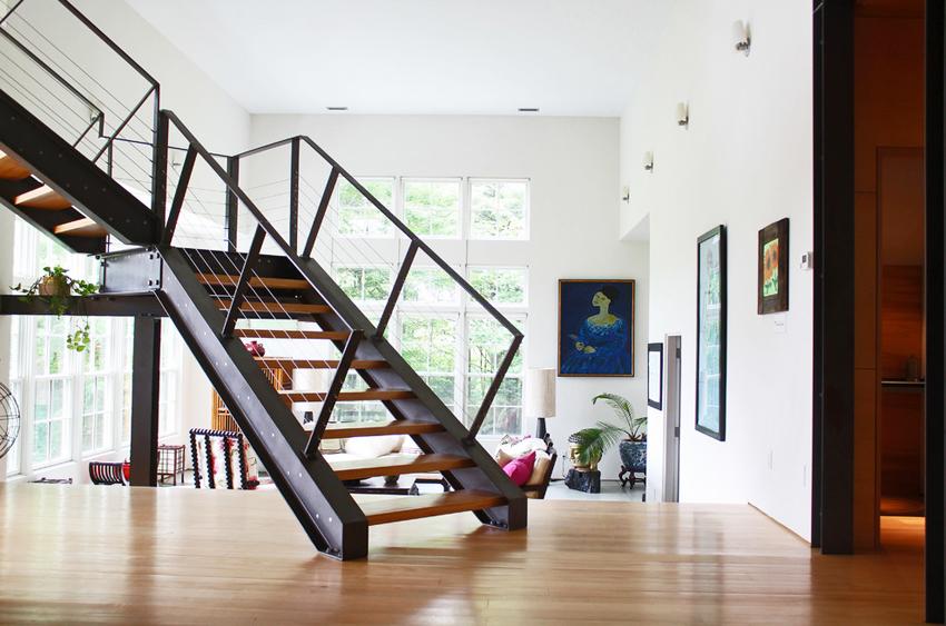 Для лестниц применяется двутавр нормальный, который регламентируется ГОСТом 26020-83