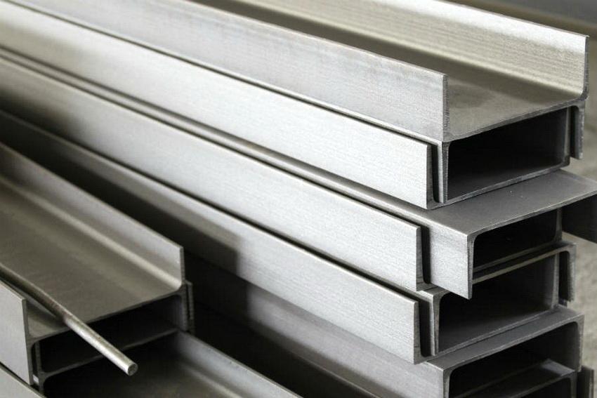 Для каждого вида швеллера разработаны свои стандарты производства материала