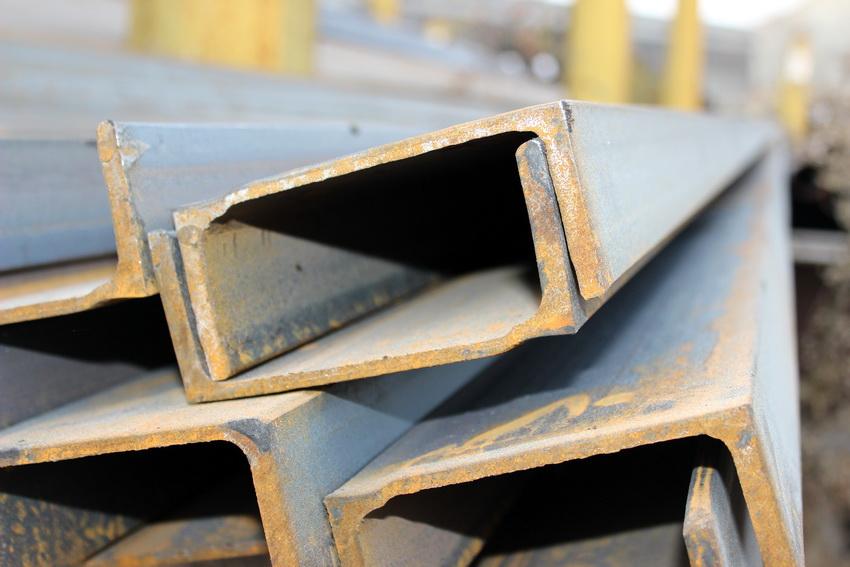 Для каждого типа швеллеров существует своя таблица госстандартов, в которой указаны основные характеристики материала