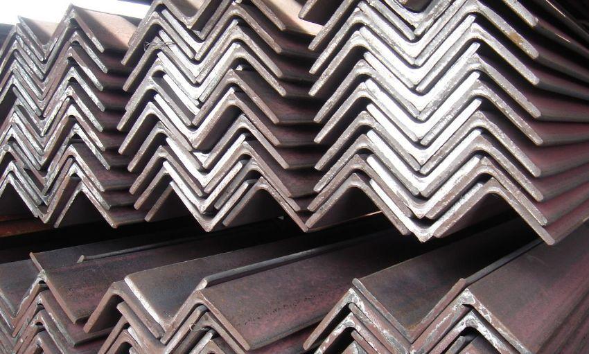 Весь сортамент металлических уголков выполняется с учетом соответствующих ГОСТов