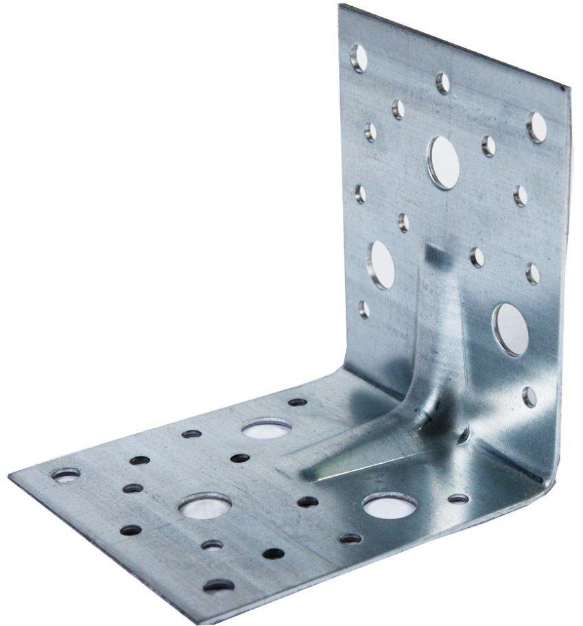 Уголки повышенной прочности изготавливаются из низколегированной стали