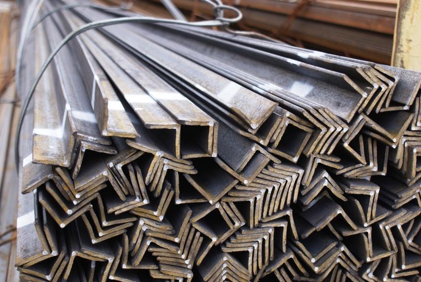Строительные уголки применяются для возведения различных конструкций из стали