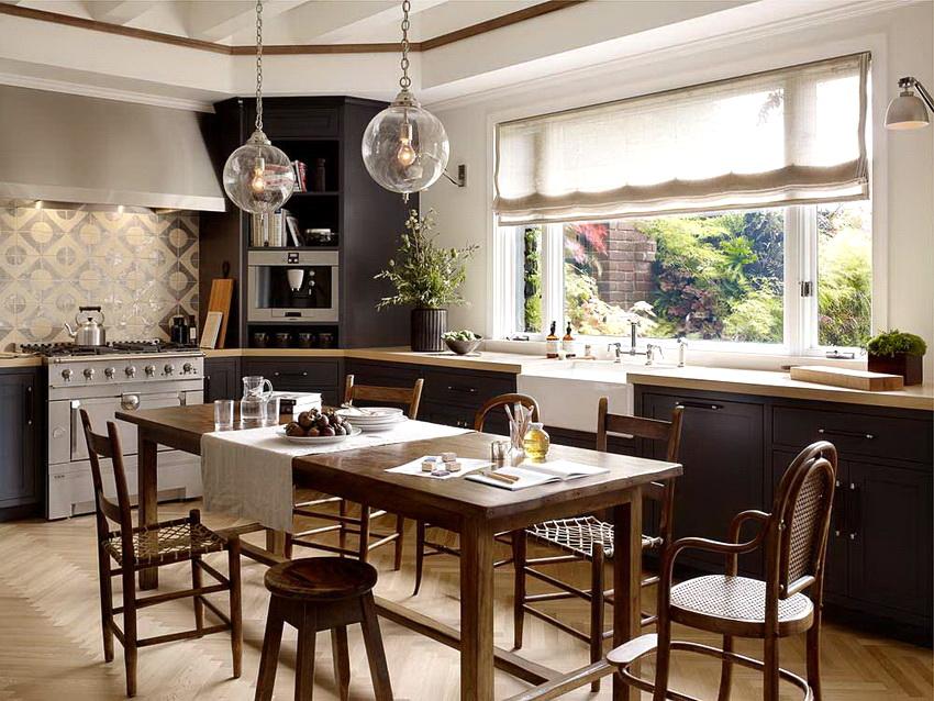 Ассортимент видов стульев настолько разнообразен, что подобрать подходящий для любой кухни вариант не составляет труда