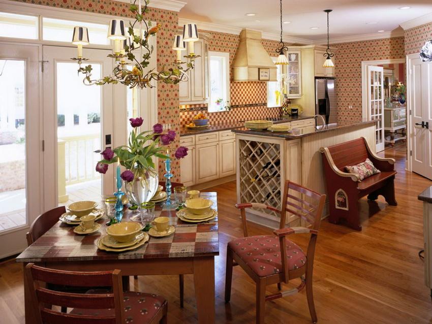 Стулья для кухни должны быть прежде всего удобными, надежными и практичными
