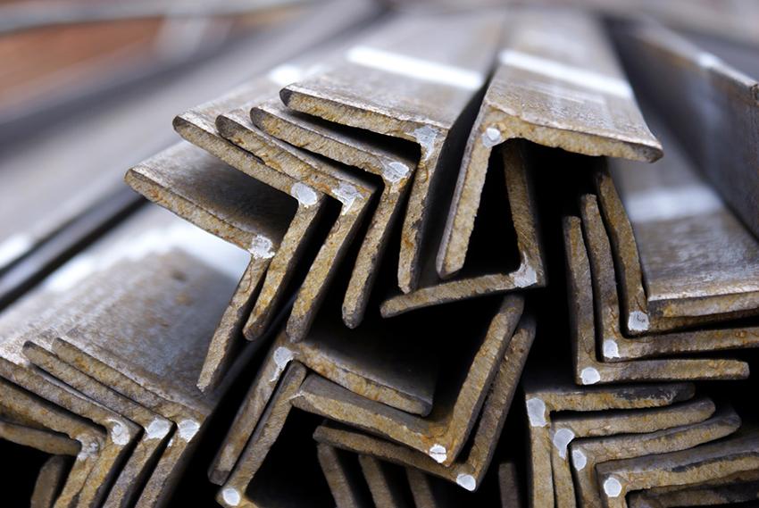 Чтобы точно рассчитать вес уголка 40х40х4 мм необходимо знать марку стали