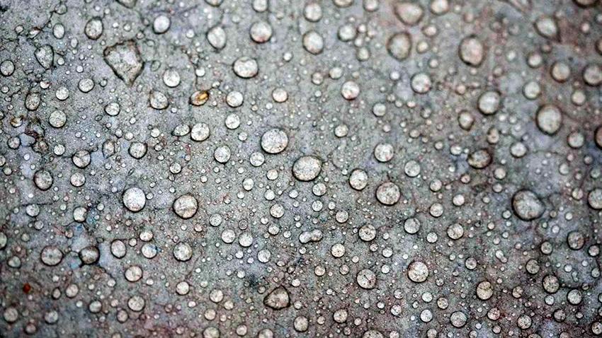 Растворимое стекло создает водонепроницаемый слой на обработанной поверхности