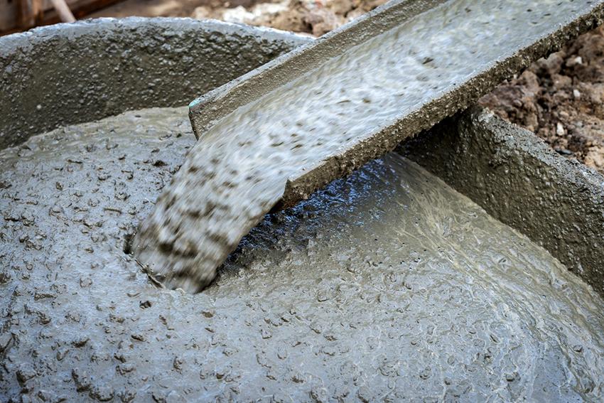 Добавление жидкого стекла в бетон повышает его качественные характеристики