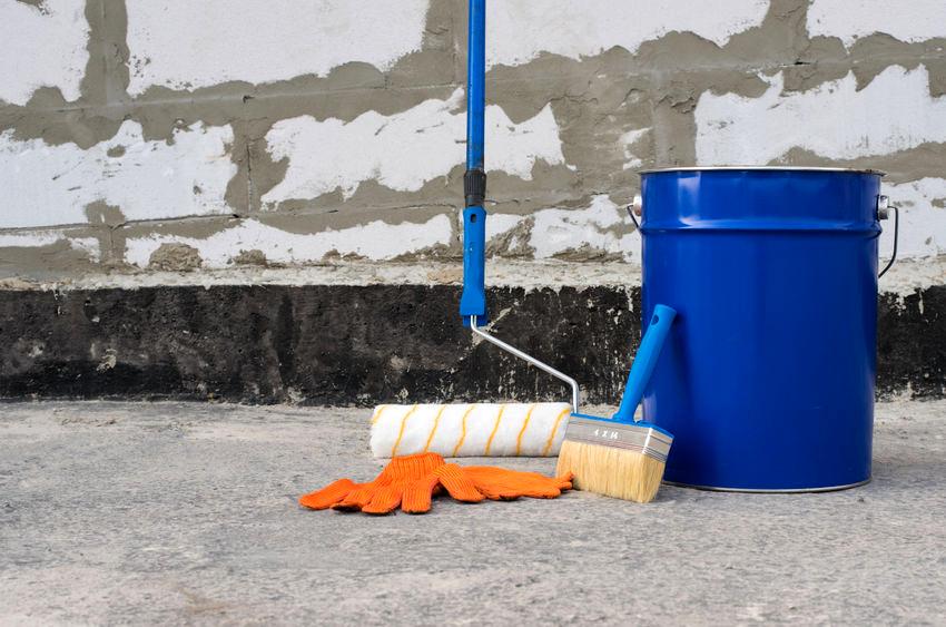 Для гидроизоляции бетона необходимо развести в воде чистый раствор жидкого стекла в соотношении 1:8
