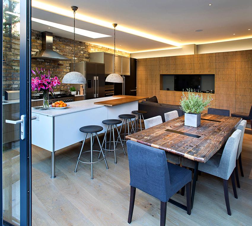 Благодаря широкому ассортименту барных стульев их можно устанавливать в кухнях с разным дизайном