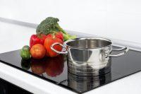 Поверхность индукционных плит делается из стеклокерамики, что повышает прочность и срок службы панели