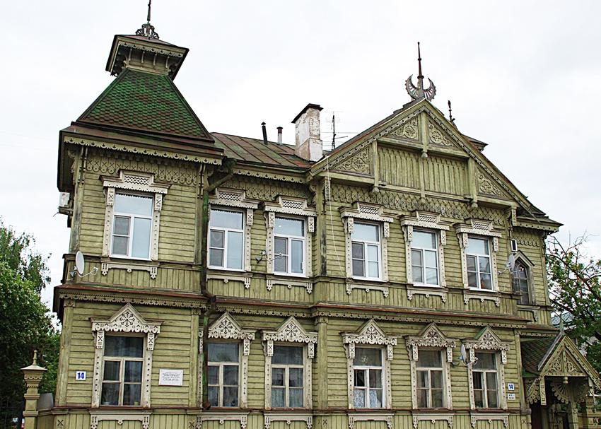 Русский модерн отличается пропорциональностью, точностью и четкостью линий, а также оптимально продуманной композицией