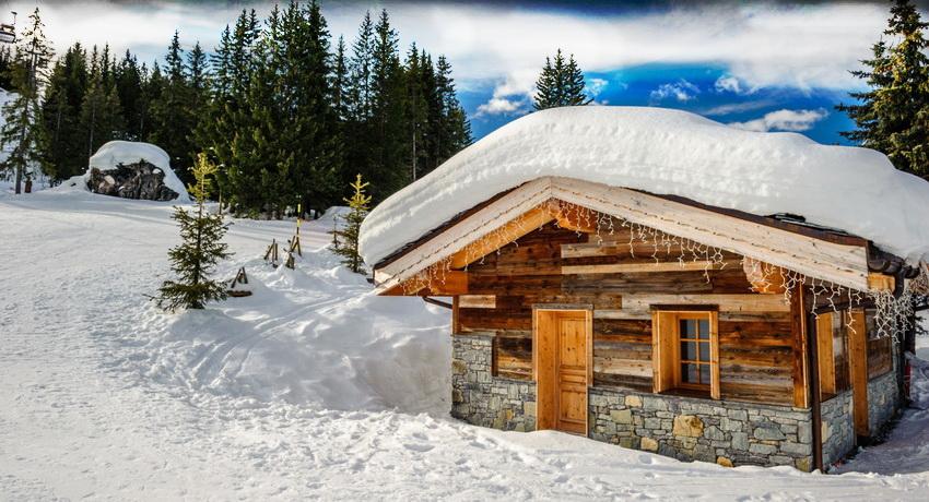 Дома шале могут быть и одноэтажными, благодаря чему стоимость постройки значительно уменьшается